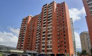 Apartamento En Ventaen Caracas, Prados Del Este, Venezuela, VE RAH: 21-21451