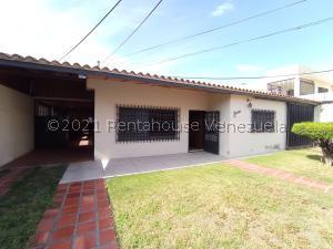 Casa En Ventaen Maracay, El Bosque, Venezuela, VE RAH: 21-21469