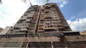 Apartamento En Ventaen Caracas, Parroquia Santa Teresa, Venezuela, VE RAH: 21-21456