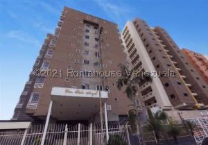 Apartamento En Ventaen Maracay, Base Aragua, Venezuela, VE RAH: 21-21669