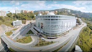 Local Comercial En Alquileren Caracas, Cerro Verde, Venezuela, VE RAH: 21-21461