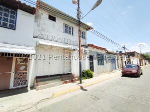 Casa En Ventaen Turmero, Valle Lindo De Turmero, Venezuela, VE RAH: 21-21463