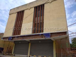 Local Comercial En Ventaen Ciudad Ojeda, Plaza Alonso, Venezuela, VE RAH: 21-21924