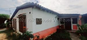 Casa En Ventaen Cabudare, El Valle, Venezuela, VE RAH: 21-21493