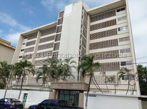 Apartamento En Ventaen Parroquia Caraballeda, Caribe, Venezuela, VE RAH: 21-21525
