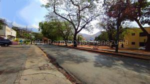 Terreno En Ventaen Maracay, Las Delicias, Venezuela, VE RAH: 21-21520