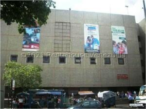 Local Comercial En Ventaen Caracas, El Valle, Venezuela, VE RAH: 21-21560