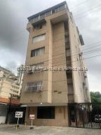 Apartamento En Ventaen Caracas, Las Delicias De Sabana Grande, Venezuela, VE RAH: 21-21601