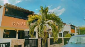Casa En Ventaen Municipio Linares Alcantara, La Morita I, Venezuela, VE RAH: 21-21562