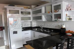 Apartamento En Ventaen Ejido, Sector Zumba, Venezuela, VE RAH: 21-21565