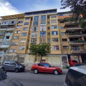 Apartamento En Ventaen Caracas, Bello Campo, Venezuela, VE RAH: 21-21564