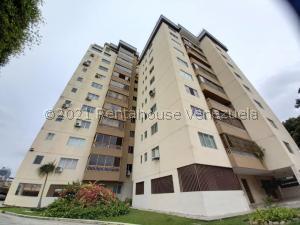 Apartamento En Ventaen Valencia, Carabobo, Venezuela, VE RAH: 21-21574