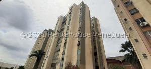 Apartamento En Ventaen Barquisimeto, Centro, Venezuela, VE RAH: 21-21571