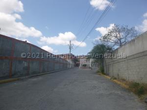 Townhouse En Ventaen Guatire, Bonaventure Country, Venezuela, VE RAH: 21-21629
