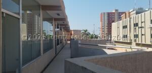 Local Comercial En Alquileren Ciudad Ojeda, Plaza Alonso, Venezuela, VE RAH: 21-21624