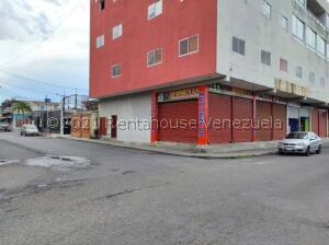 Local Comercial En Alquileren Barquisimeto, Centro, Venezuela, VE RAH: 21-21639