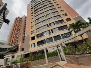 Apartamento En Ventaen Valencia, Agua Blanca, Venezuela, VE RAH: 21-21683