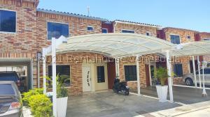 Casa En Ventaen Turmero, Valle Paraiso, Venezuela, VE RAH: 21-21687