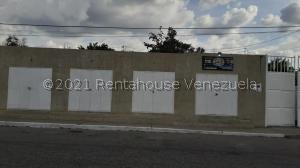 Casa En Ventaen Cabudare, La Mata, Venezuela, VE RAH: 21-21700
