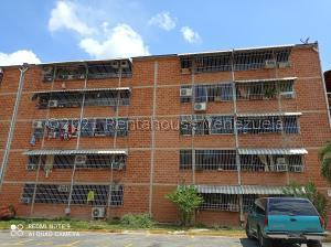 Apartamento En Ventaen Guarenas, El Torreon, Venezuela, VE RAH: 21-21891