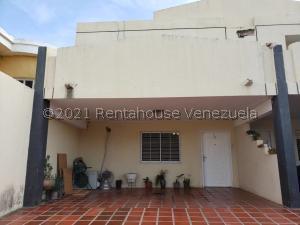 Townhouse En Ventaen Maracaibo, Monte Bello, Venezuela, VE RAH: 21-21827