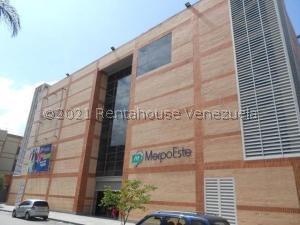 Local Comercial En Alquileren Caracas, Chacao, Venezuela, VE RAH: 21-21573