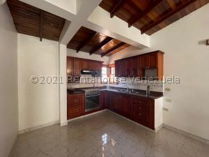 Casa En Ventaen Punto Fijo, Pedro Manuel Arcaya, Venezuela, VE RAH: 21-21754