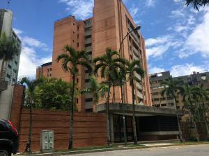 Apartamento En Ventaen Caracas, Las Esmeraldas, Venezuela, VE RAH: 21-21785