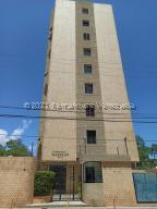 Apartamento En Ventaen Maracaibo, La Lago, Venezuela, VE RAH: 21-21798
