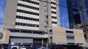 Oficina En Alquileren Maracaibo, Dr Portillo, Venezuela, VE RAH: 21-22331