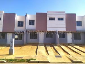 Casa En Ventaen Cabudare, Parroquia José Gregorio, Venezuela, VE RAH: 21-21832