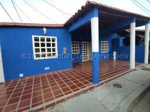 Casa En Ventaen Margarita, Los Robles, Venezuela, VE RAH: 21-21836