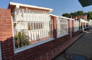 Casa En Ventaen Maracay, Caña De Azucar, Venezuela, VE RAH: 21-21850