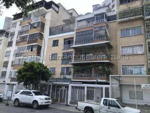 Apartamento En Ventaen Caracas, Bello Campo, Venezuela, VE RAH: 21-21872
