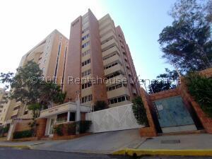 Apartamento En Alquileren Maracaibo, La Lago, Venezuela, VE RAH: 21-21907