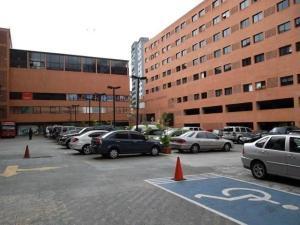 Apartamento En Alquileren Caracas, La Boyera, Venezuela, VE RAH: 21-21882