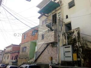 Casa En Ventaen Caracas, Sarria, Venezuela, VE RAH: 21-21984