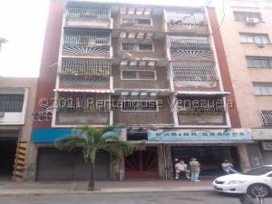 Apartamento En Ventaen Caracas, Parroquia La Candelaria, Venezuela, VE RAH: 21-21906