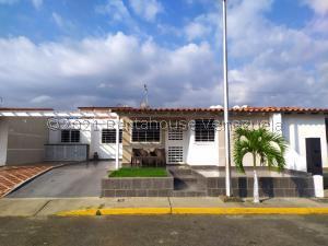 Casa En Ventaen Cabudare, Parroquia José Gregorio, Venezuela, VE RAH: 21-21905