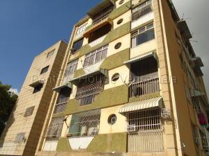 Apartamento En Alquileren Caracas, Colinas De Santa Monica, Venezuela, VE RAH: 21-22441