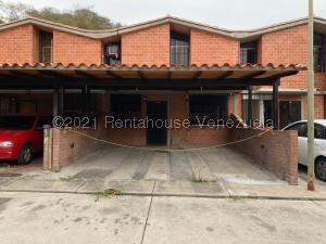 Townhouse En Ventaen Guarenas, Nueva Casarapa, Venezuela, VE RAH: 21-21947