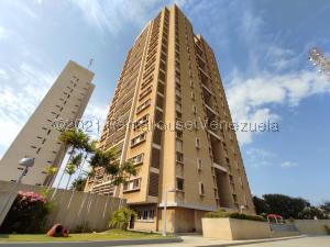 Apartamento En Ventaen Maracaibo, Avenida Universidad, Venezuela, VE RAH: 21-21952