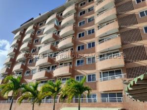 Apartamento En Ventaen Guatire, Vega Arriba, Venezuela, VE RAH: 21-21966