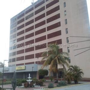 Apartamento En Ventaen La Guaira, Macuto, Venezuela, VE RAH: 21-22415