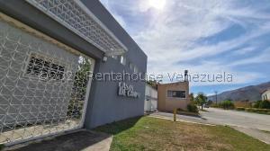Townhouse En Ventaen Municipio San Diego, Pueblo De San Diego, Venezuela, VE RAH: 21-21631