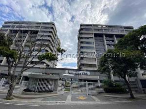 Apartamento En Ventaen Caracas, Las Esmeraldas, Venezuela, VE RAH: 21-22018