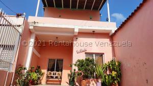 Casa En Ventaen Barquisimeto, Parroquia Concepcion, Venezuela, VE RAH: 21-22023
