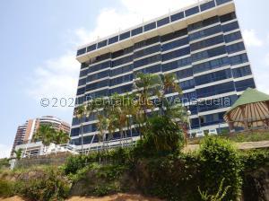 Apartamento En Ventaen Parroquia Caraballeda, La Llanada, Venezuela, VE RAH: 21-22204
