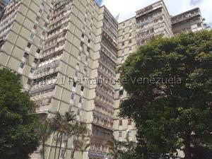 Apartamento En Ventaen Carrizal, Colinas De Carrizal, Venezuela, VE RAH: 21-25711