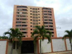Apartamento En Ventaen Parroquia Caraballeda, Caribe, Venezuela, VE RAH: 21-22070